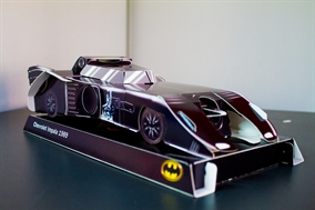 batmovil carton